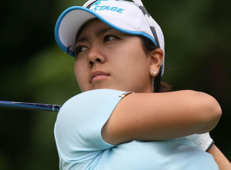 Cliquez sur l'image pour la voir en taille réelleNom : Mika Miyazato_2009_LPGA_Championship.jpgAffichages : 84Taille : 71,0 KoID : 5970
