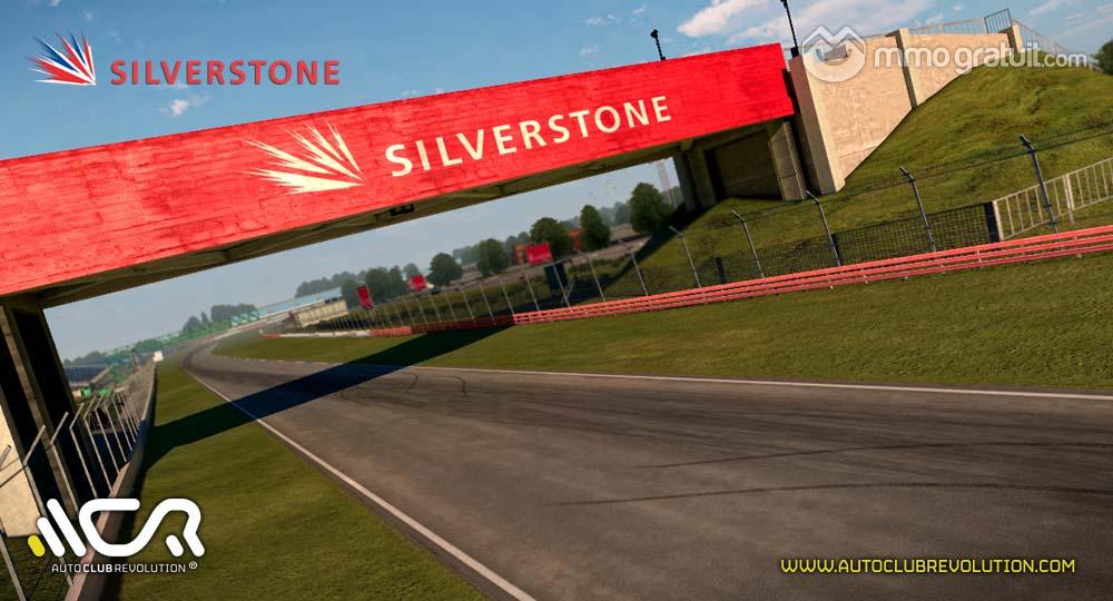 Cliquez sur l'image pour la voir en taille réelleNom : Auto-Club-Revolution-Silverstone-3 copia.jpgAffichages : 65Taille : 98,7 KoID : 9095
